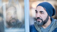 """Bekannt aus """"Türkisch für Anfänger"""": Adnan Maral, derzeit an Schauspiel Frankfurt tätig"""