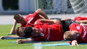 Pröll wird operiert, Caio fällt laufend durch