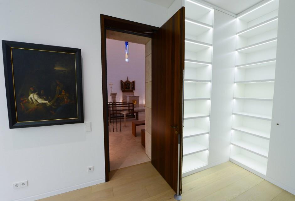 bildergalerie bistum ffnet bischofssitz sch ner wohnen in limburg bild 3 von 18 faz. Black Bedroom Furniture Sets. Home Design Ideas