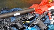 Fundstücke: Auch diese Pistolen wollte der Marburger Händler verkaufen