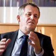 Hat schon im April nach den Blockupy-Krawallen gefordert, Polizisten besser zu schützen: der Frankfurter Polizeipräsident Gerhard Bereswill