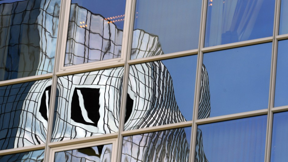 Statement: Dass die Deutsche Bank Namensgeber des Frankfurter Waldstadions wird, ist auch ein Bekenntnis zum Finanzplatz