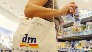 Drogeriekette dm wächst in Frankfurt besonders stark