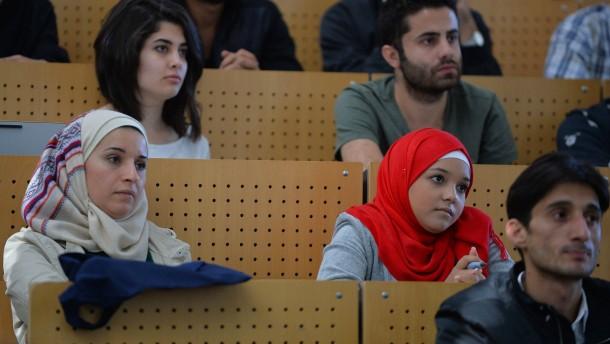 Islam-Studenten meist weiblich