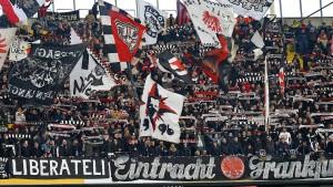Eintracht unterstützt Fan-Initiative für Stadionausbau