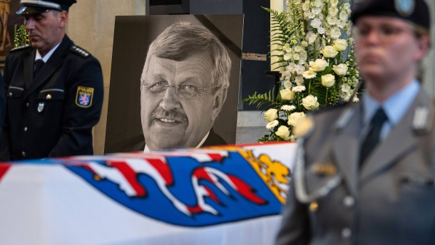 Post würdigt den ermordeten Walter Lübcke