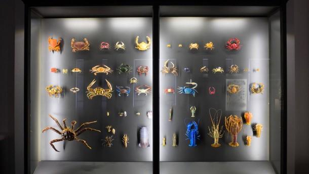 Museum Wiesbaden - die beiden Seitenflügel des Museums werden nach Sanierung im Mai wieder eröffnet.