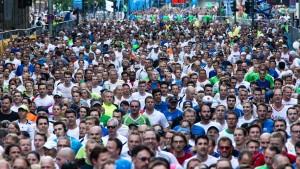 Fast 72.000 laufen durch die City