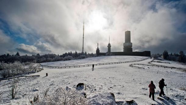 Schnee bis ins hessische Flachland