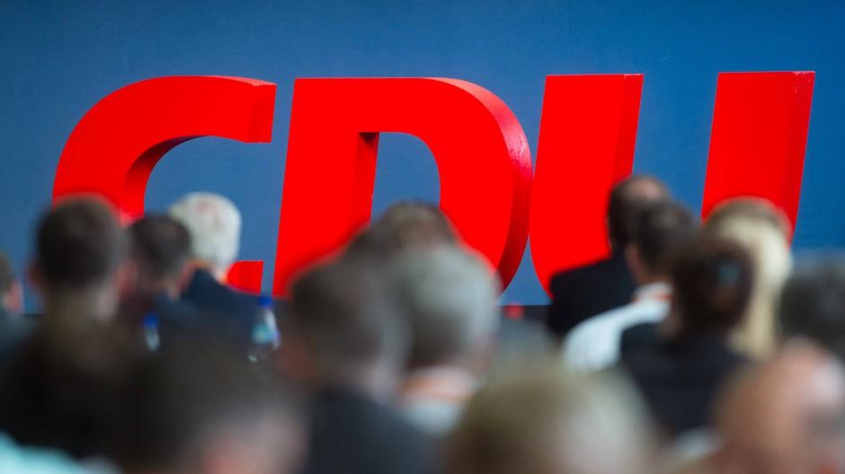 Was wird aus der CDU? Die Uneinigkeiten in Wiesbaden müssen dringend geklärt werden.