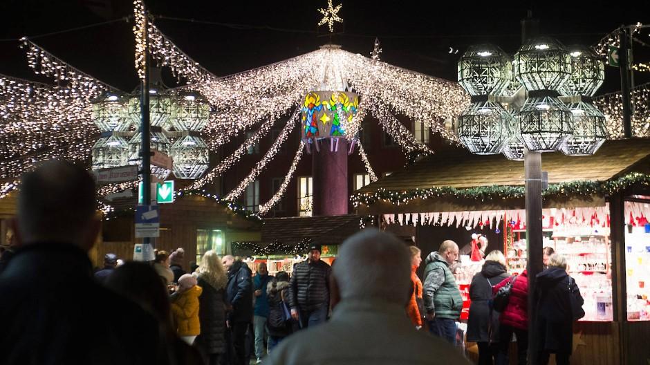 Weihnachtsmarkt mit Abstand? Die Städte planen mit Ungewissheiten.