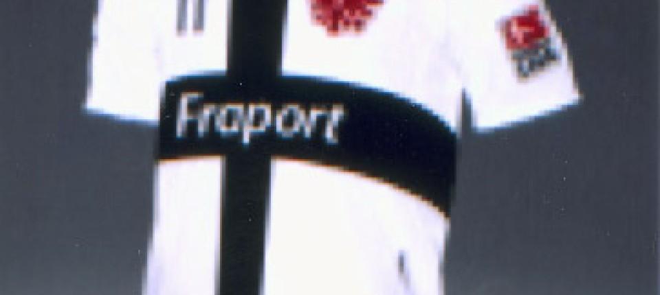 Wirbel Um Ein Fußball Trikot Kreuzritter Bei Eintracht Frankfurt