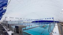 Schwimmen im Zelt