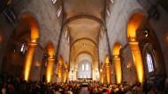 """Der Besuch von Dieter Bohlen in der Basilika war nicht ganz unumstritten: Manche sahen im Auftritt einen """"Tabubruch""""."""