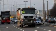 Durchfahrtsverbot: Laster mit einem Gewicht von 7,5 Tonnen oder mehr dürfen sonntags nicht durch die Wiesbadener Innenstadt