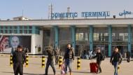 Rückkehr: Nach der Abschiebung aus Deutschland in Kabul angekommene Afghanen