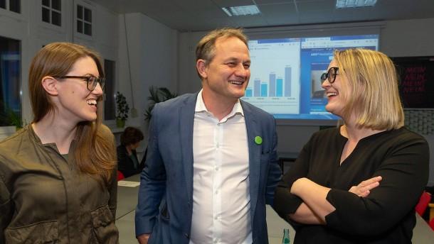 Grüne gewinnen in Großstädten - AfD stark in Osthessen