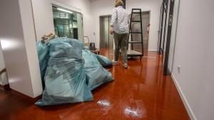 Unwetter spült Wasser in Kliniken und neue Uni-Bibliothek