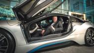 Bouffier wirbt in Singapur für Elektromobilität