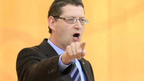 Heftiger Streit im Landtag über Kommunismus