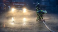 Feuer, das zwanzigste: In Frischborn hat die Feuerwehr seit einem Jahr wegen Brandstiftern viel zutun (Symbolbild).