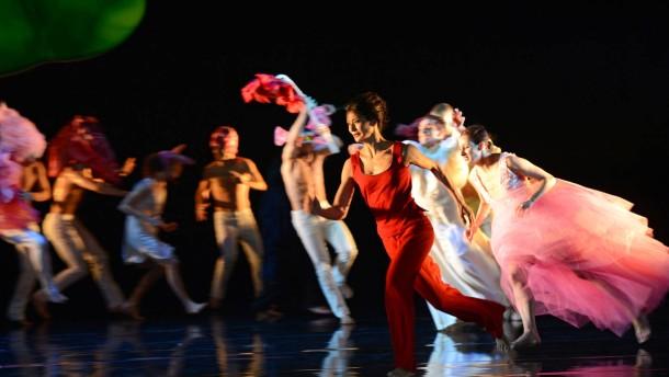 Lala auf der Couch _ Mei Hong Lin _ UrauffŸhrung 14.12.2012 _ Staatstheater Darmstadt _