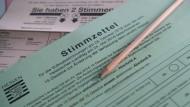 Herausforderung: Schon für informierte Bürger und versierte Wähler ist der Bogen zur Verfassungsreform keine einfache Sache