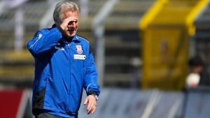 Benno Möhlmann denkt über Rücktritt nach