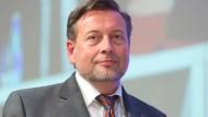Sucht neue Kandidaten für Fahrgastbeirat: RMV-Chef Ringat
