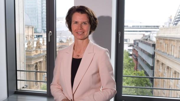 Eva Wunsch-Weber - Die neue Vorstandsvorsitzende der Frankfurter Volksbank im Gespräch mit Tim Kanning.