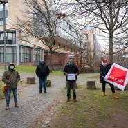 Kläger: Gekündigte Mitarbeiter der Wisag Aviation vor dem Arbeitsgericht Frankfurt