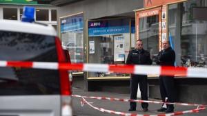 Kasseler Polizist erschießt jungen Angreifer