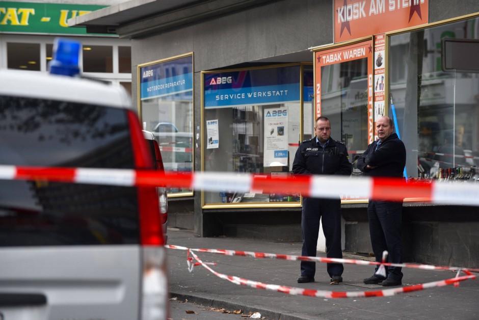aktuell rhein main kasseler polizist erschiesst jungen angreifer .