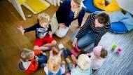 Volles Haus: Bis zu fünf Kinder darf eine Tagesmutter gleichzeitig in Vollzeit betreuen und erhält dafür pro Kind 946 Euro im Monat von Stadt und Land.