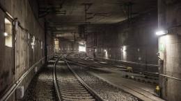 Defekte Oberleitung stoppt S-Bahnen
