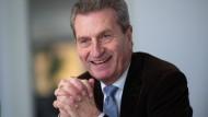 Günther Oettinger will Studenten auf Europa vorbereiten.