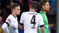 Zwischen Fehlersuche und Neuausrichtung: Die Eintracht-Profis Oczipka, Russ und Trapp nach dem 1:4 in Freiburg