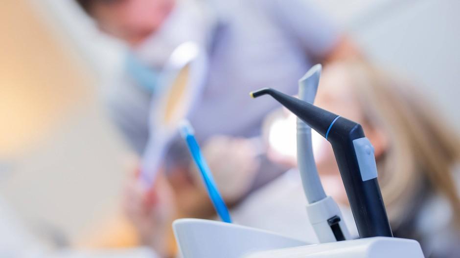 Keine Folterinstrumente: Utensilien für die Zahnbehandlung.