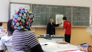 Harte Bergtour für begabte Migrantenkinder