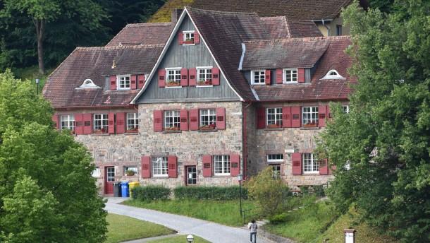 Bisher 46 Missbrauchsopfer der Odenwaldschule finanziell unterstützt