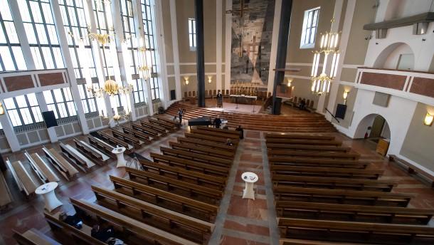 Öffnung der Kirchen vertretbar und notwendig