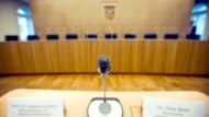 Streit um Staatsgerichtshof: FDP springt SPD bei