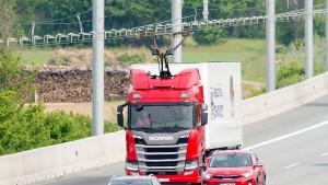 Teststrecke für E-Lastwagen auf A5 vor Ausbau