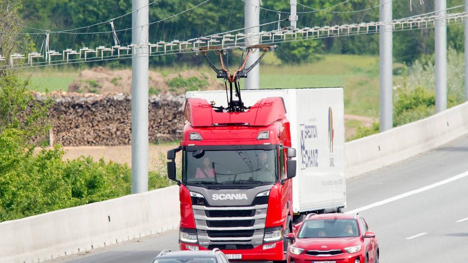 Ausbaufähig: E-Lastwagen-Teststrecke in Südhessen auf der A5