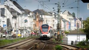Rüdesheim klagt auf Bau des Bahntunnels