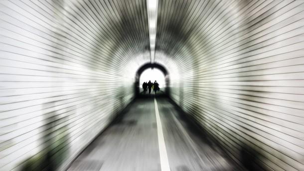 Den Ausweg aus dem Tunnel finden