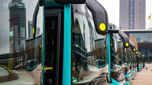 Frankfurt setzt auf moderne, eigene Busse