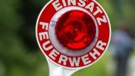 Um den Brand in einer Scheune in Schlitz zu löschen, waren 80 Feuerwehrleute aus der Umgebung im Einsatz.