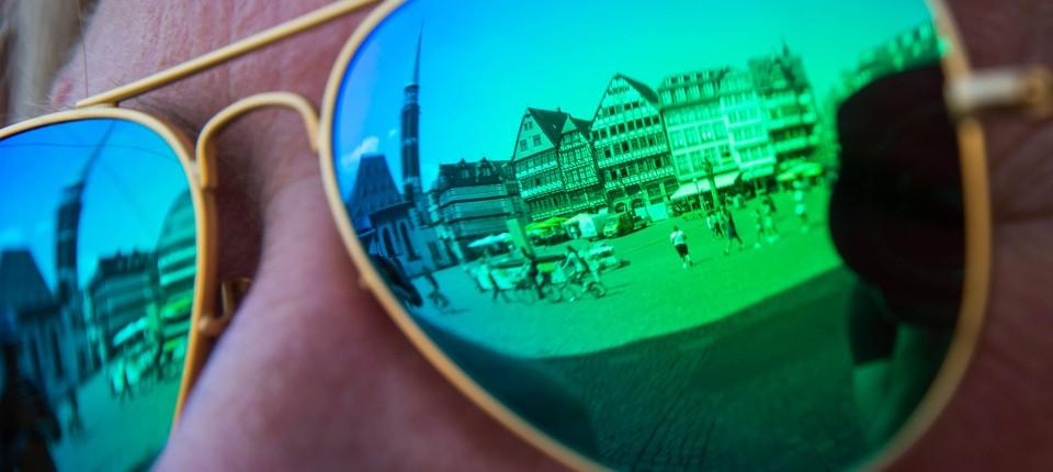 Sonnenbrille mit Sehstärke: Darauf kommt es an | Hessen