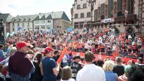 Ironman Frankfurt - Über 2.500 Athletinnen und Athleten aus 51 Nationen nehmen die Herausforderung 3,8 Kilometer Schwimmen, 180 Kilometer Radfahren und den abschließenden Marathon mit dem Finale auf dem Frankfurter Römer an.